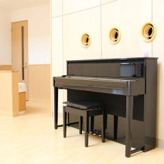 ホールのピアノ