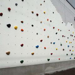 壁面のボルダリング